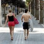 В Барселоне суд запретил купальники