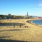 Пляж Нова Икария (La Nova Icaria)