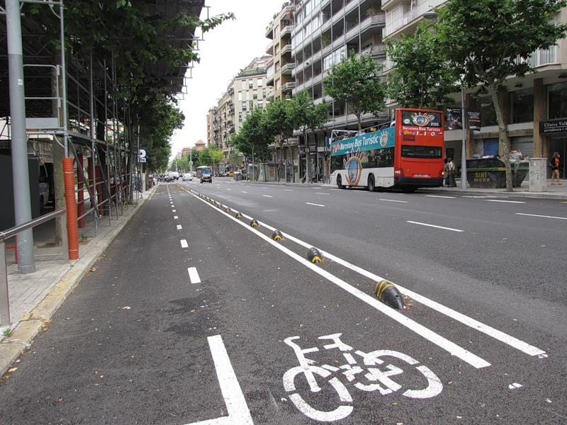 Велосипедная дорожка в Барселоне