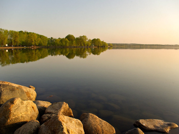 Синь-камень на Плещеевом озере