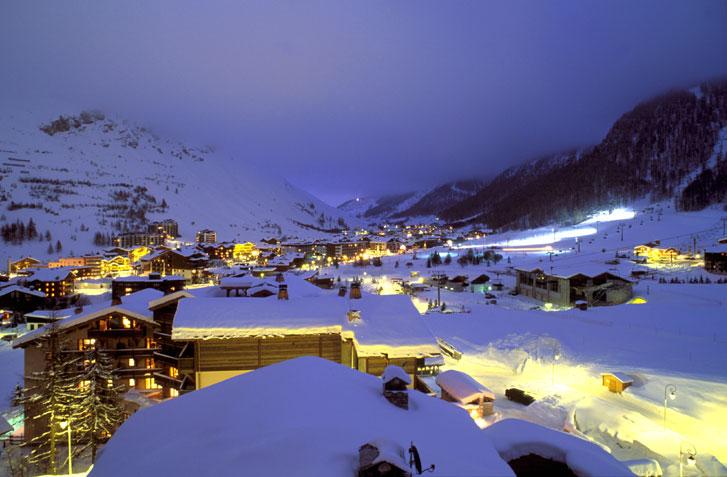 Валь д' Изер (Val d' Isere) - горнолыжный курорт Франции.
