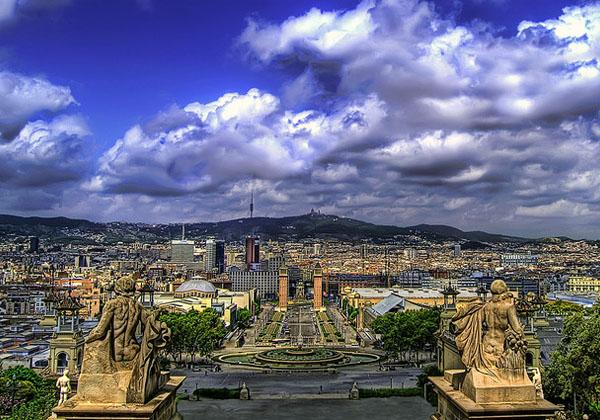 благоприятные месяцы для отдыха в Барселоне