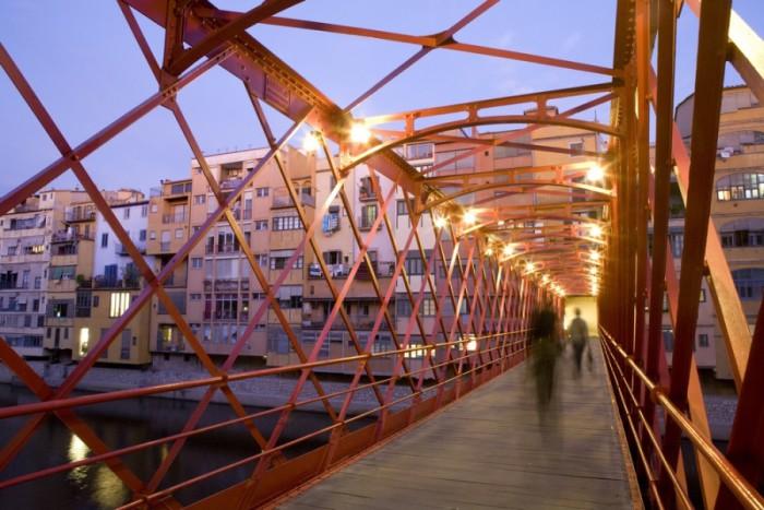 Железный мост в Жироне